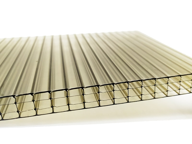 Four wall polycarbonate sheet