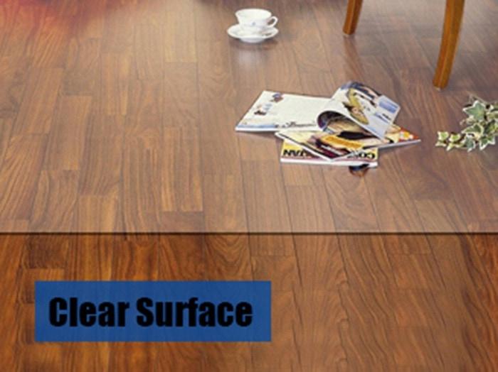 Floor polycarbonate protective mat