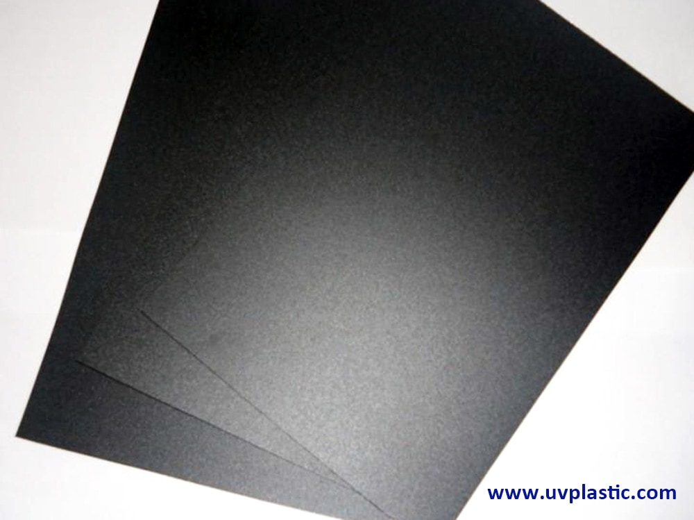 V0 flame retardant polycarbonate film