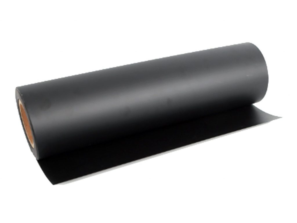 Black flame retardant polycarbonate