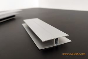 Accessory of hollow polycarbonate sheets