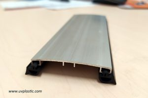 Jointer of solid roofing polycarbonate sheet