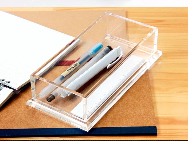 Plexiglass Office Supplier